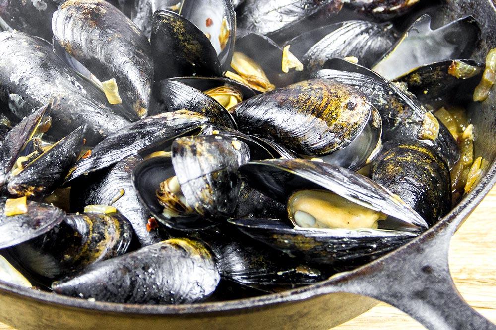 Old Fezziwig Ale Drunken Mussels Recipe