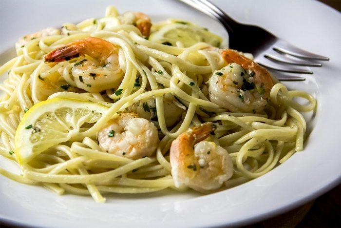 Garlicky Linguine With Lemon Shrimp Scampi Recipe