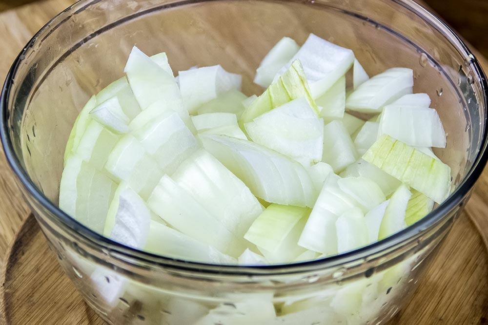 Cut Sweet Onions