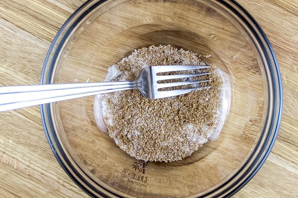 Brown and White Sugar Mixture