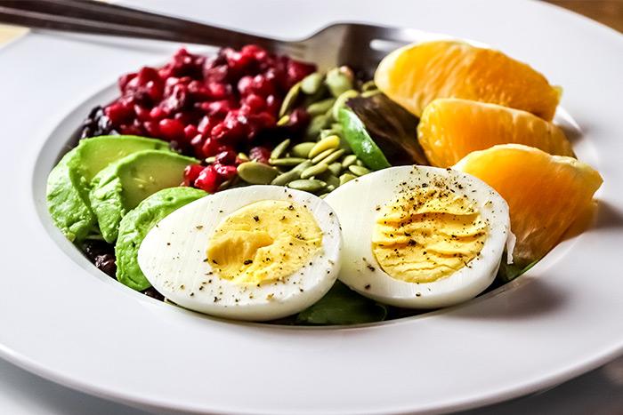 Avocado, Orange, Pomegranate & Black Rice Buddha Bowl Recipe
