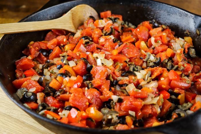 Caper, Black Olive & Tomato Sauce For Pasta