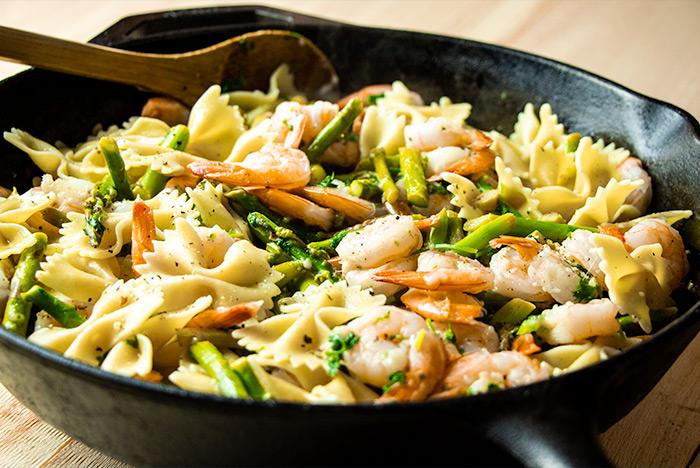Shrimp, Pasta & Asparagus Dinner