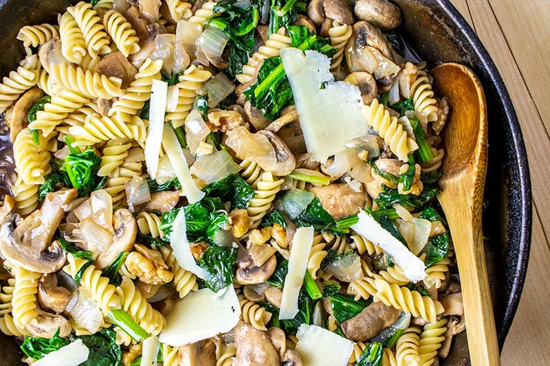 Spinach, Walnuts & Pasta Recipe in Skillet
