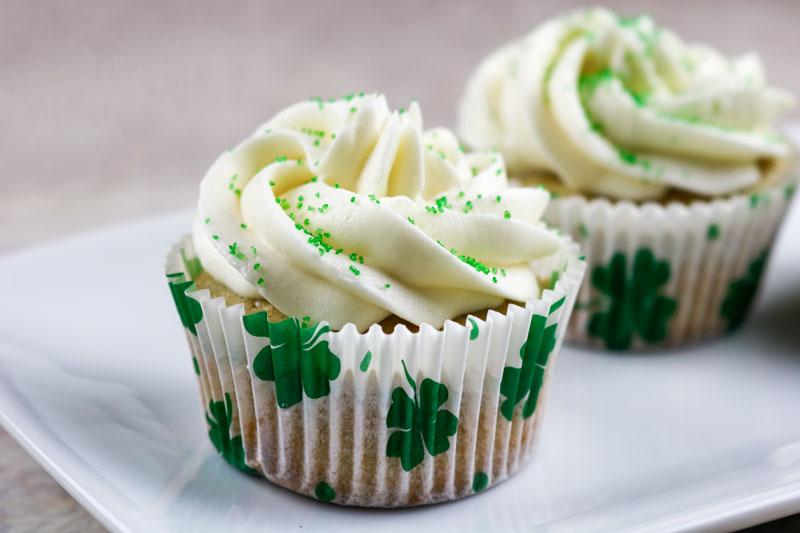 Irish Cream Cupcakes 4-16